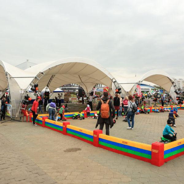 Тентовые конструкции для оборудования детских зон