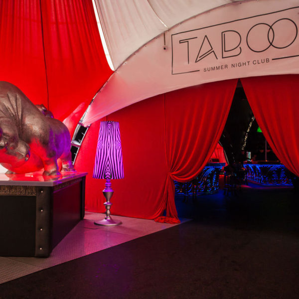 Ночной клуб в шатре для Taboo